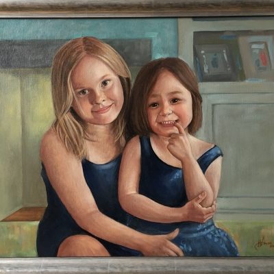 Sisterly love – painting a portrait of Maria and Nieve